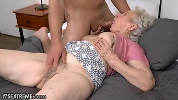 Big Clit Hardcore Blowjob Doggystyle Mature