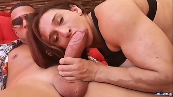 Argentinian Latina Outdoor Blowjob